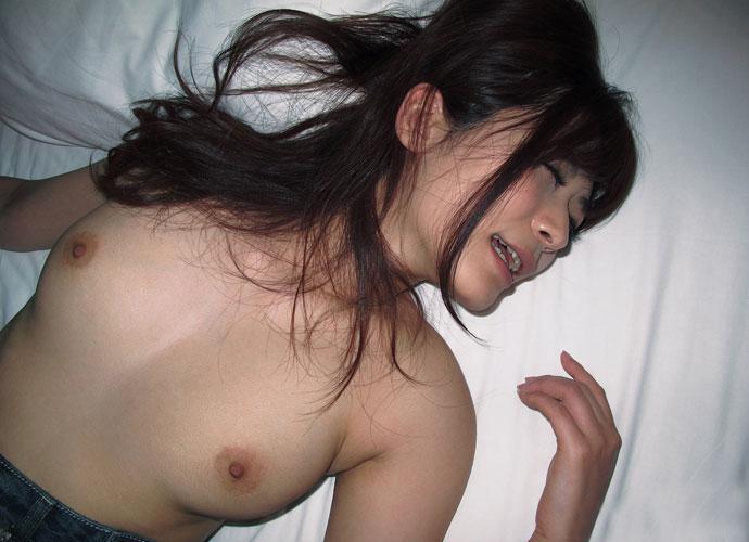 平常からは想像できない、乳首をビンビンに起たせながら『イッ、イクー!!!』ってなってる女達