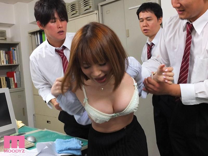 【学級崩壊】『ダメー!イクー!』男子生徒にオモチャにされた女教師たち・・・