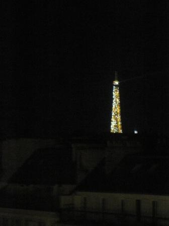 光輝くエッフェル塔