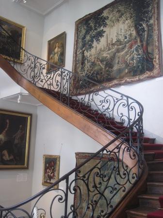階段も優雅