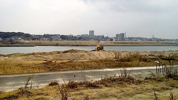 淀川の河川敷_工事