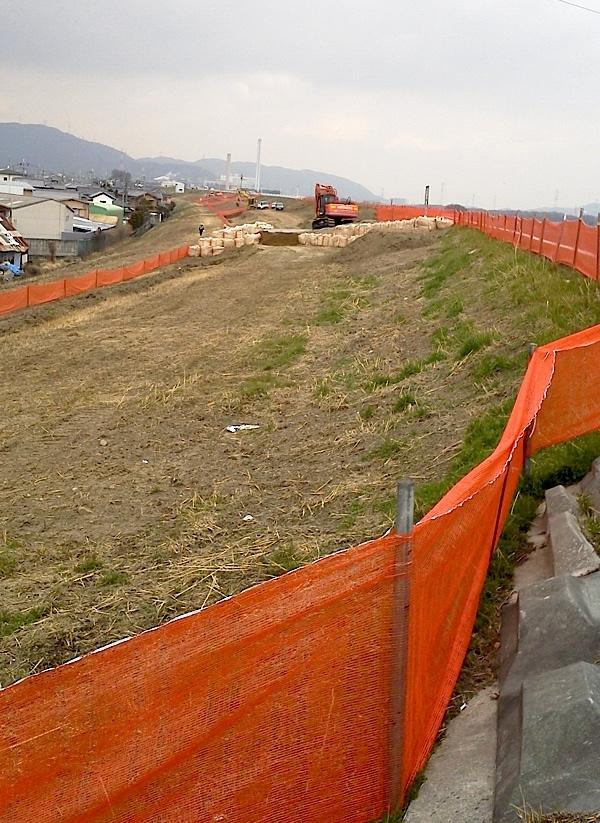淀川河川敷あたりの工事