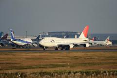 JAL_B747-400_162