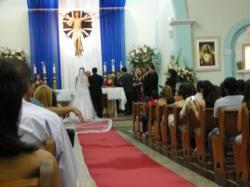 結婚式後ろ姿