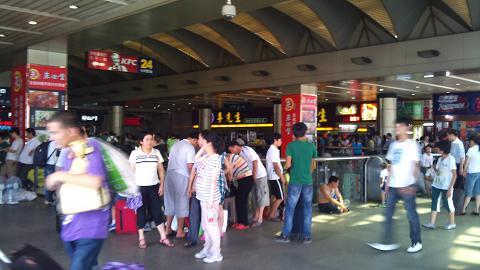 DSC_1252120629杭州駅2