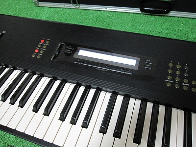 KORG M-1 (34)