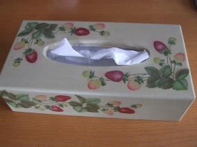 ティッシュボックス・苺①