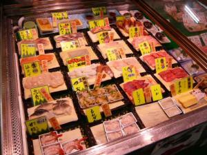 釧路「和商市場の勝手丼」4