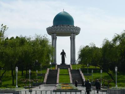 タシケント市街の観光120