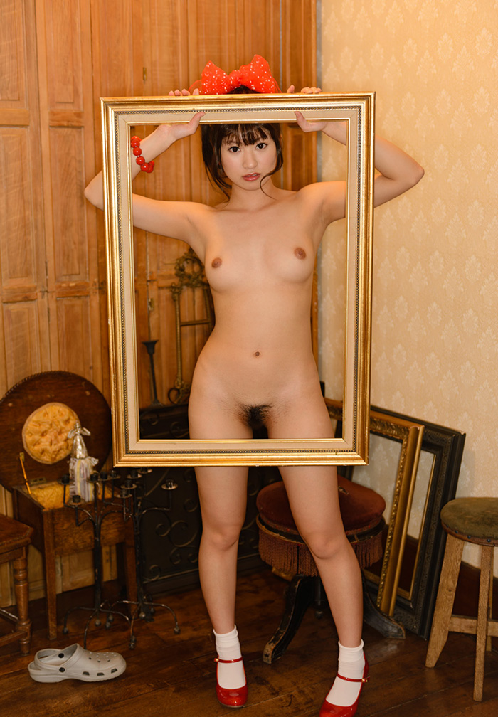 可愛い女の子 ヌード 画像 17