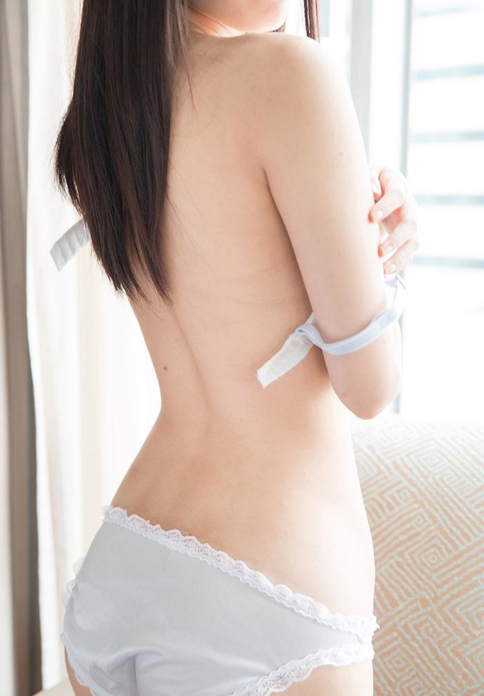 川菜美鈴 フェラチオ 画像 5