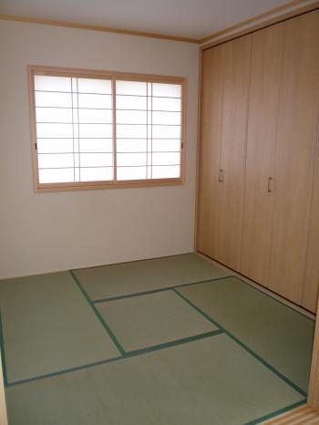 小阪10号地和室
