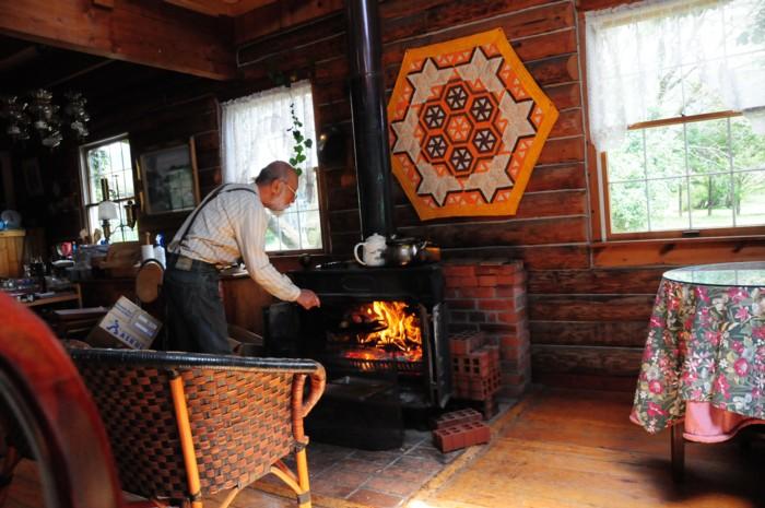 暖炉で焼いた肉は、美味しいです。