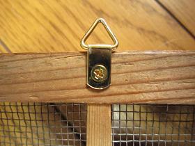 古い格子の木枠 金具