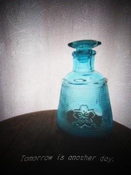 桜の模様の醤油瓶