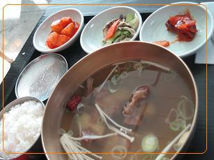 3日目 仁川空港 昼食 カルビタン定食