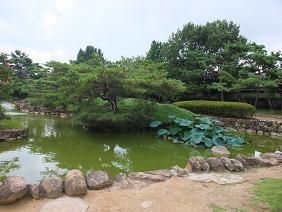 首露王陵 池