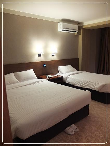 11-09 hotel 8