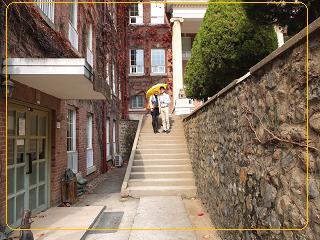 11-10 啓明大学 2出会いの3秒の前の階段