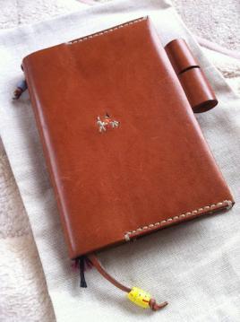 アンリークイール手帳カバーほぼ日1