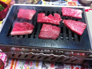 20121217mmfactory霜降牛焼肉開始