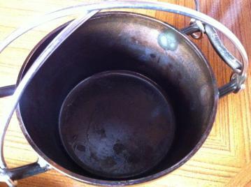20130128ユニフレーム6インチダッチオーブン底油焦げ付き
