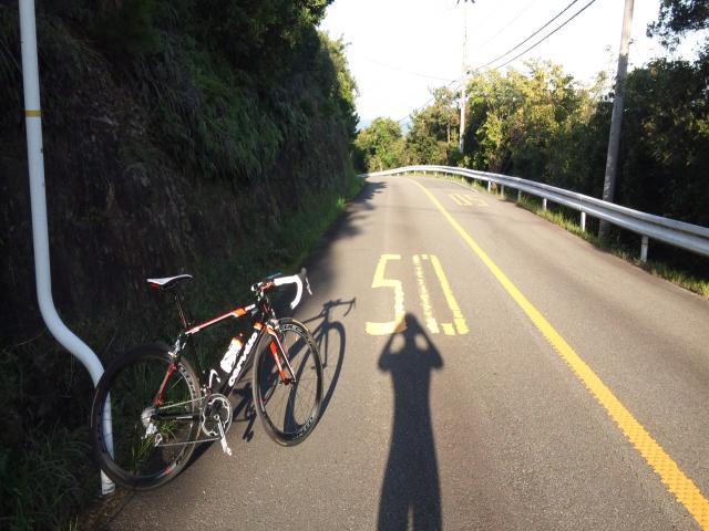 AWS裏の山道