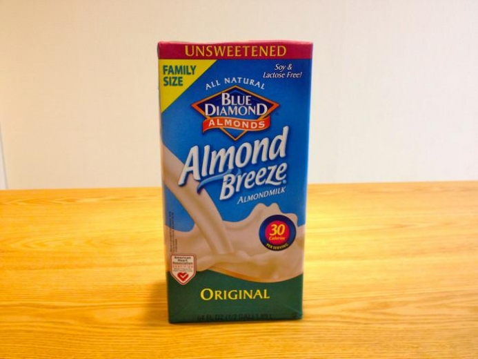 Blue Diamond, Almond Breeze, Almond Milk, Original, Unsweetened, 64 fl oz (1.89 L) $5.04