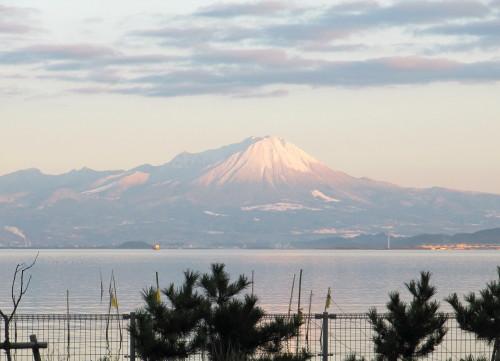 中海の向こうに大山