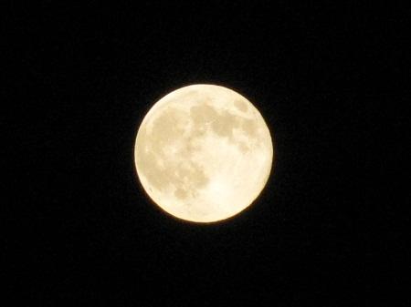 2011年最遠の満月1012 (1)