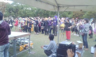 福岡天神公園で踊ってみた1