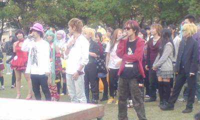 福岡天神公園で踊ってみた2