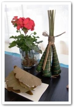 端午の節供 しつらい エントランス 和  ゼラニューム 柏餅 粽(ちまき)
