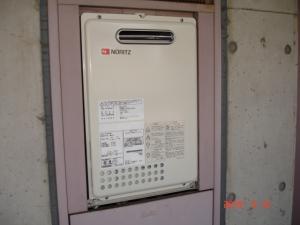PS扉内設置型給湯器交換取付後