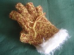 12-23 no finger glove