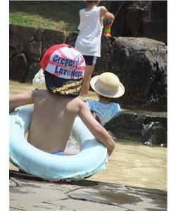 水遊び プール 浮き輪