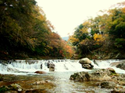 夏井川渓谷「紅葉ウォーキングフェスタ」
