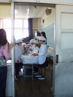 給食試食会2012()