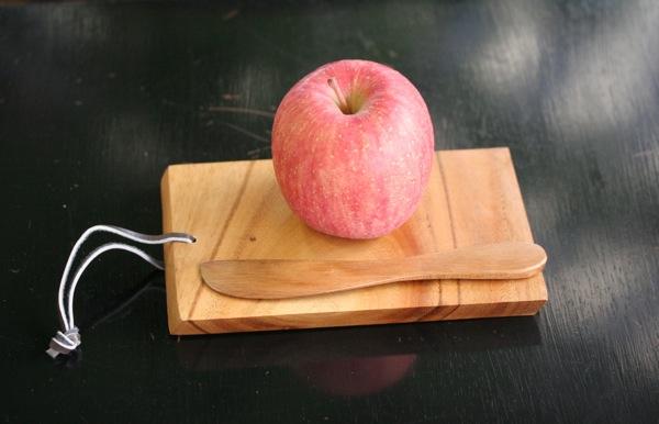 リンゴとボード
