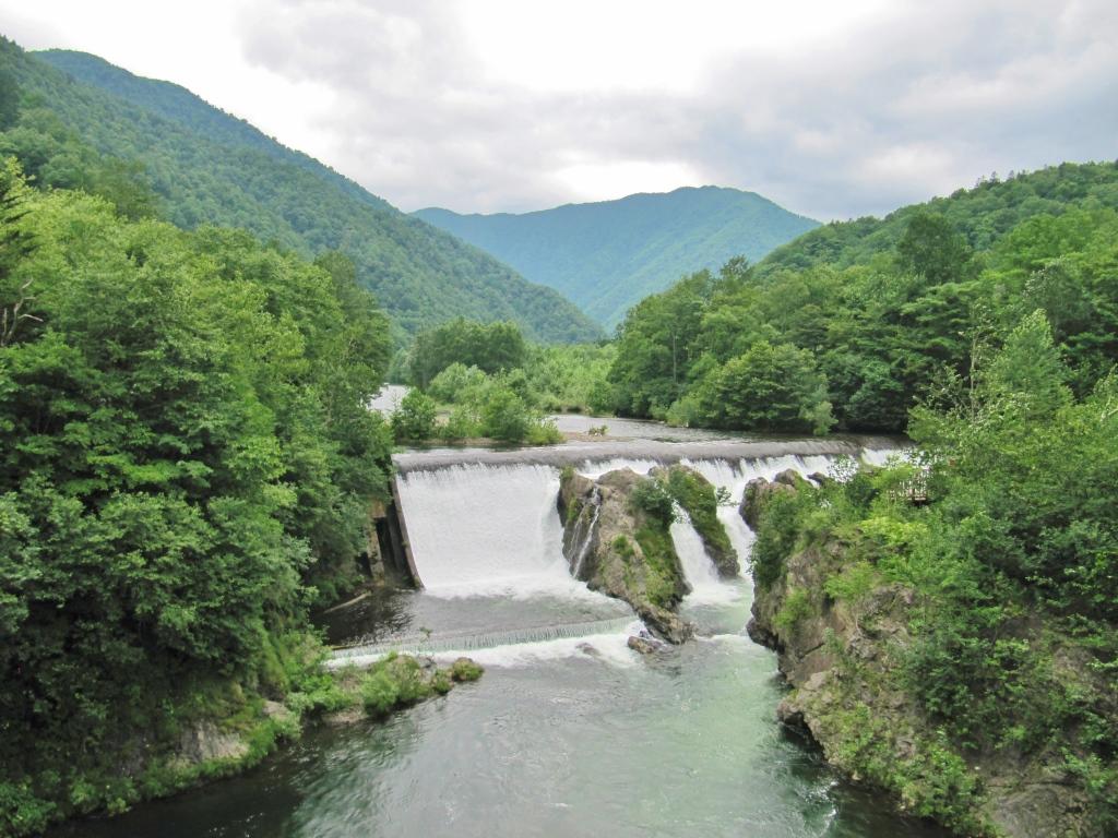 ぴょうたんの滝 (1)