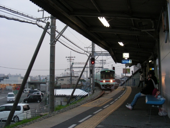 福岡銀 082