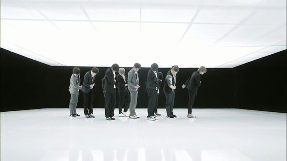 Super JuniorBeauty;Bonamana MV.avi_000275427