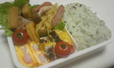 タケノコと豚肉炒め弁当♪