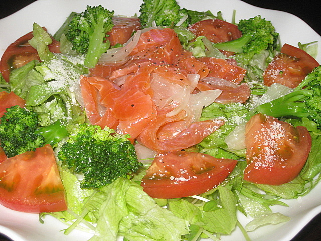 smokesalmon-salad