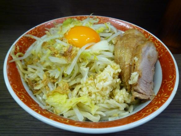 11年3月19日 横浜関内 小ぶた 汁なし ヤサイニンニク