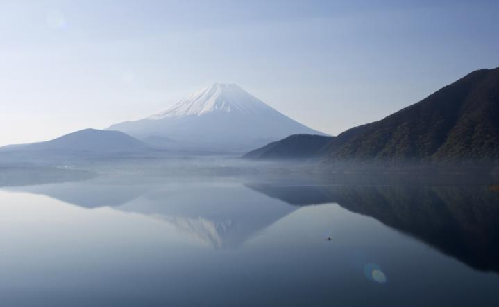 2010 05 02_2819 逆さ富士 本栖湖