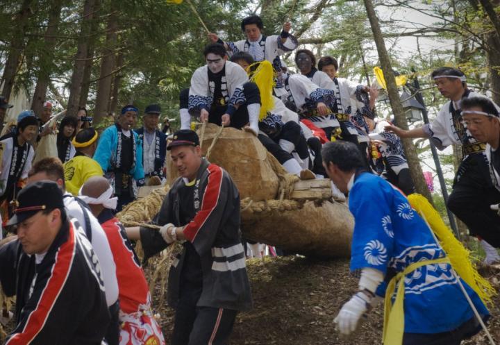 2010 05 09 松原諏訪大社御柱大祭