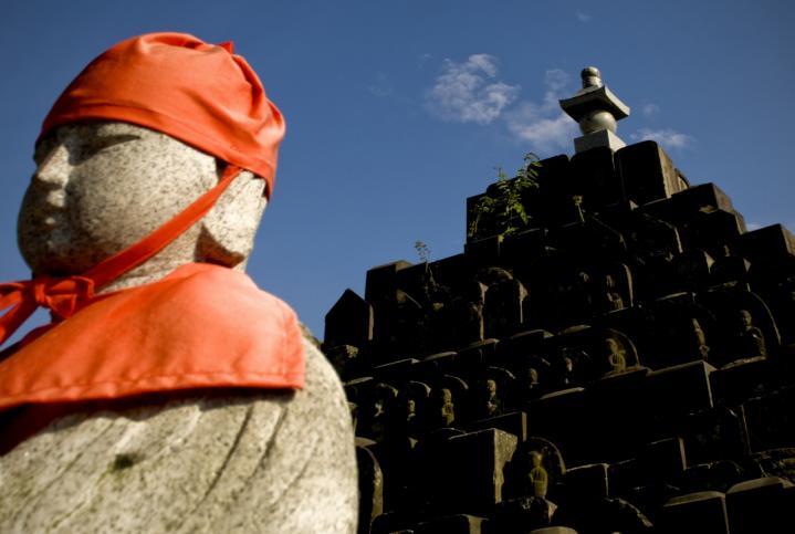 2010 05 18 寺  赤帽