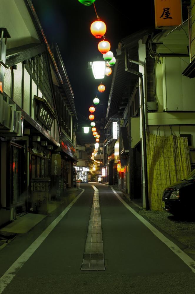 草津温泉 夜9