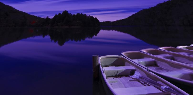 2010 深夜の湯の湖